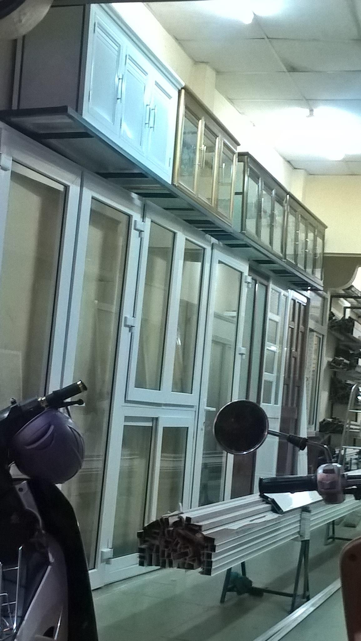 Thợ làm vách nhôm cửa nhôm kính tại quận 12