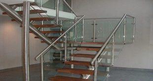 Làm lan can cầu thang inox tại quận 3